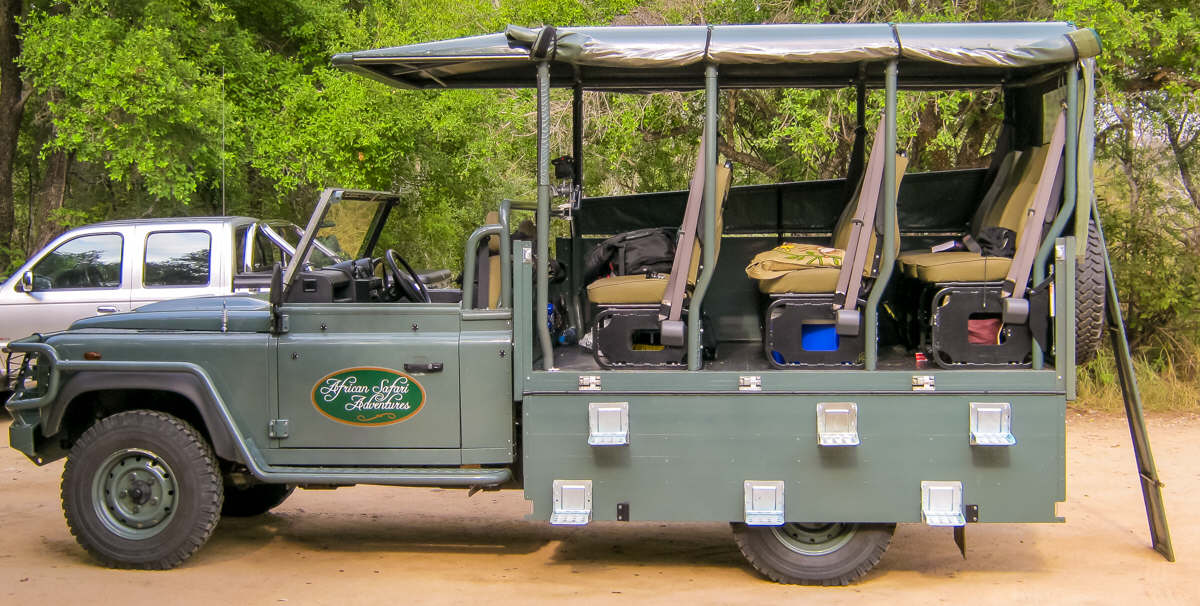 Open Safari Vehicle