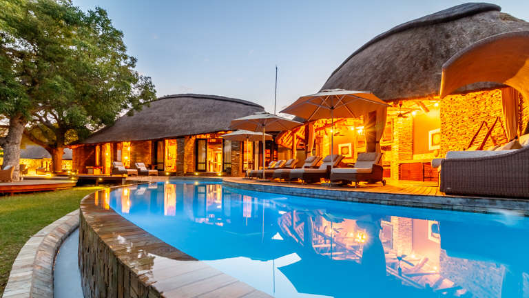 Luxury Lodge - © www.artography.co.za